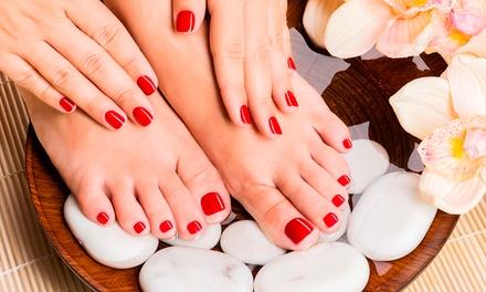Voetverzorging en/of manicure, naar keuze met gellak bij City Nails in stadshart Den Haag