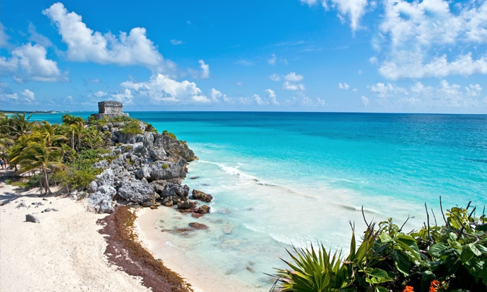 All-Inclusive Riviera Maya Stay with Air from Apple Vacations