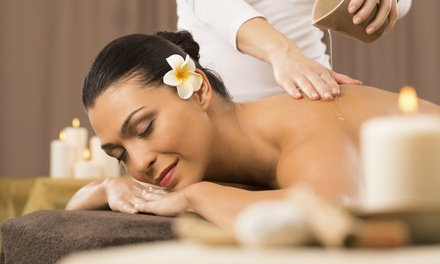 $37 for a 50-Minute Massage with Rose or Arnica Oil at Quintana's Barber & Dream Spa ($75 value)