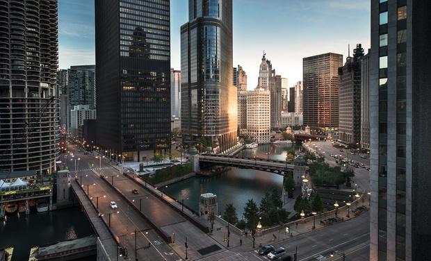 Chicago Hotel Near Magnificent Mile