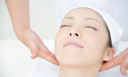 image for Indian Head Massage with Reiki or Reflexology at R&R Therapy (40% Off)