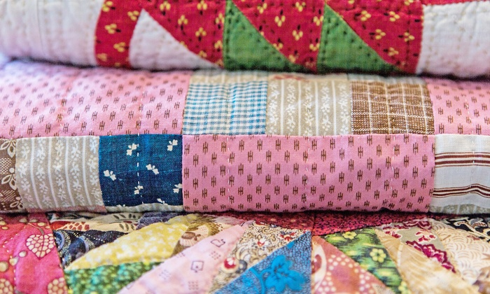 Donna Sharp's House of Quilts - Donna Sharp's House of Quilts: Quilts, Bags, and Jewelry at Donna Sharp's House of Quilts (Up to 58% Off). Two Options Available.