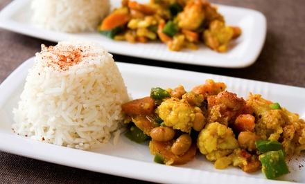 Menu avec spécialités africaines (entrée, plat et dessert) pour 2 ou 4 personnes dès 29,90€ au Relais Des Palabres