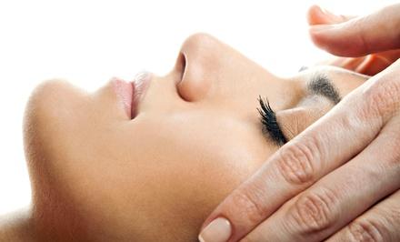 Un soin du visage avec modelage ou modelage énergétique et du cuir chevelu à 29,99 € à linstitut Les Fées Miroirs
