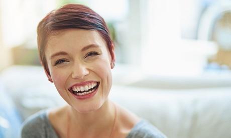 1 o 3 sesiones de fotorrejuvenecimiento facial y cóctel de hialurónico con vitaminas desde 24,95 € en Instituto Londres