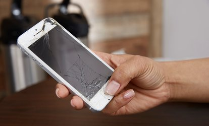 Up to 41% Off iPhone or iPad Screen Repair at RT Cellular