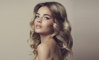 image for Cut, Blow-Dry and Conditioning Treatment with Optional Full Head of Highlights at Davenport Salons (Up to 53% Off)
