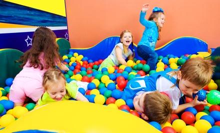 Entrada a parque de ocio infantil Astiaventura con merienda para uno o dos niños