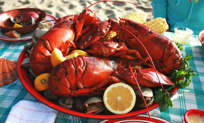 3-daniowa uczta z owocami morza i homarem lub polędwicą dla 2 osób za 149 zł i więcej opcji w Santorini