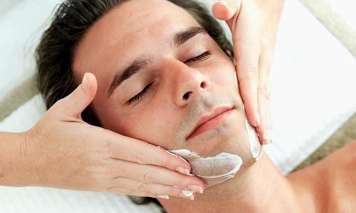 Vita DaLux Spa - North Dallas Galleria: Men's Facial and Shave, and Optional Haircut or Foot Scrub and Massage at Vita DaLux Spa (Up to 61% Off)
