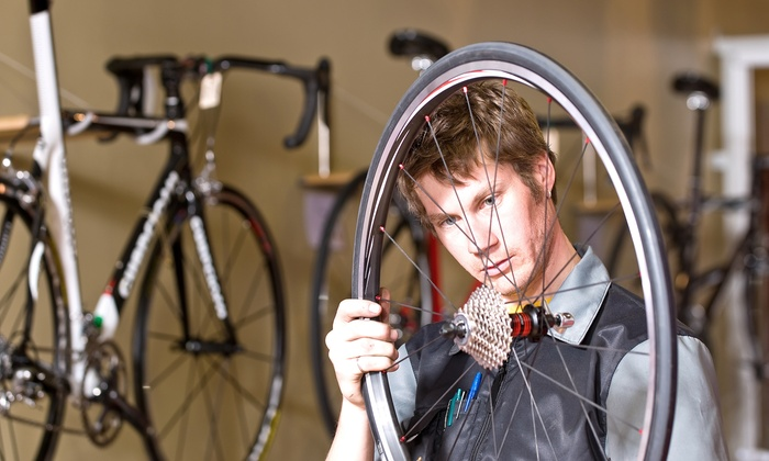 Elite Cycling - Mission Farms: $45 for Bike Tune-Up at Elite Cycling ($79 Value)