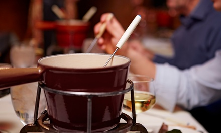 Menu en 3 services avec apéritif et fondue de viande à volonté pour 2 ou 4 personnes dès 79,99 € chez Met Jeannine