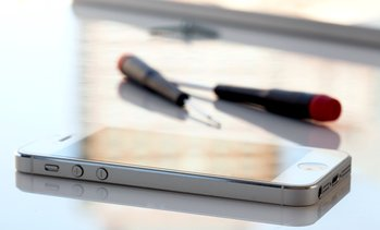 Up to 69% Off on Mobile Phone / Smartphone Repair at Repair Stop