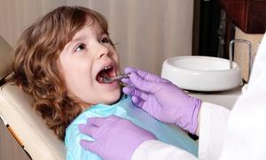 Studio Odontoiatrico Barbato: Visita odontoiatrica baby con trattamenti a scelta da Studio Odontoiatrico Barbato (sconto fino a 76%)