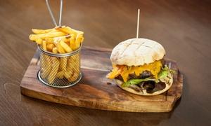 M Burger: Hausgemachter Burger und Pommes nach Wahl für 2 bis 6 Personen bei M Burger (bis zu 38% sparen*)