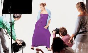Golden Models: Sesión de fotos profesional, book en CD con 70 imágenes, 7 instantáneas retocadas y 3 impresas por 39 €