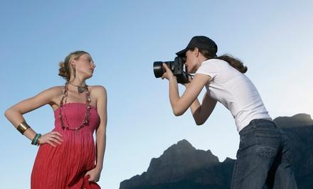 1 oder 2 Std. Outdoor-Fotoshooting inkl. Make-up und Hairstyling für 1-3 Personen mit Das mechanische Auge (77% sparen*)