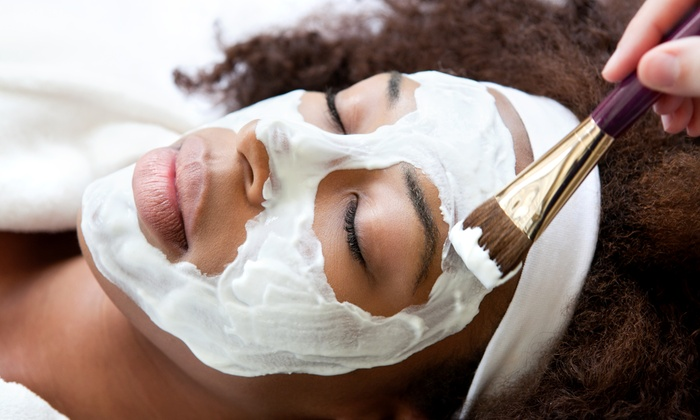 Alba Organic Beauty Studio - Oakley: $36 for One 75-Minute Signature Facial with Extractions at Alba Organic Beauty Studio ($75 Value)
