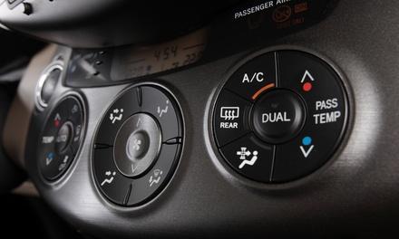 Recarga de aire acondicionado y revisión pre-ITV con opción a cambio de aceite y filtro/s desde 39,99 € en Martinauto