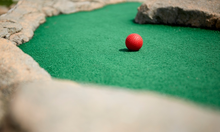 Daybreak Miniature Golf Park - Hudson Bend: Round of Mini Golf for Two or Four at Daybreak Miniature Golf Park (46% Off)