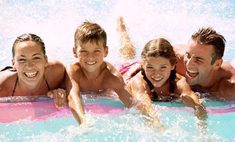 Pase a la piscina para 1 o 2 adultos y 1 o 2 niños desde 6 € en Cortijo del Aire