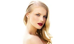 La Bottega del Capello: Shampoo, taglio e piega più uno, 2 o 3 trattamenti a scelta al salone La Bottega del Capello (sconto fino a 72%)