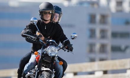 Curso para obtener el carné de moto A1 o A2 con 6 u 8 clases prácticas desde 49 €. Tienes 4 centros para elegir