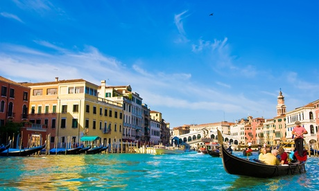 ✈ Rome and Venice: 4 or 6 Nights at a Choice of Hotels with Flights and Train Transfer*