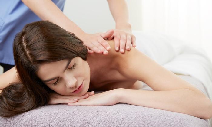 Taolistic - Roma: 3 o 5 massaggi da 50 minuti a scelta al centro benessere Taolistic (sconto fino a 78%)