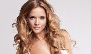 SALONE ERIKA: Pacchetti per capelli con piega, maschera, taglio più colore e trattamento a scelta al Salone Erika (sconto fino a 71%)