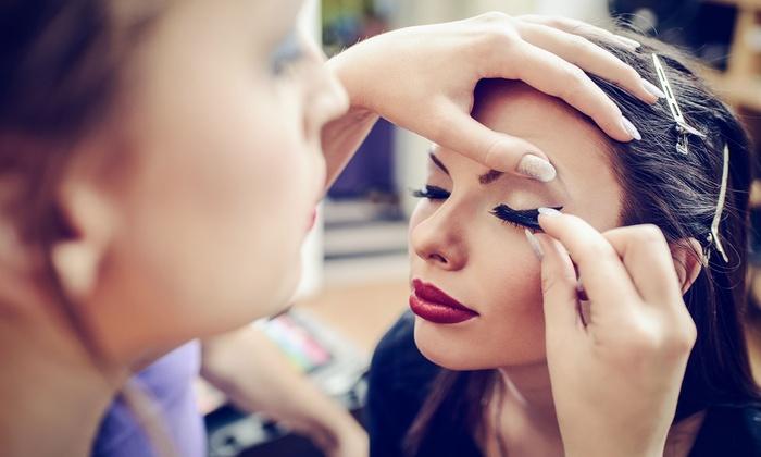 Professionelles Permanent Make Up Faces Kosmetik Institut Und