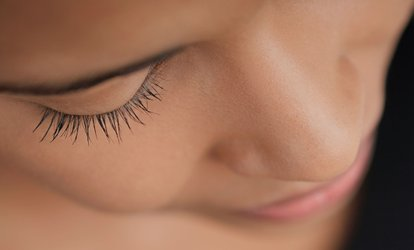 Mink-Effect Eyelash Extensions with Collagen Eye Pad ($59), to Add One Refill ($69) at Palais Beauty (Up to $285 Value)