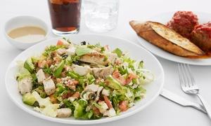 Restauracja Benedykt: Wiosenna uczta: Sałatka lub makaron (35,99 zł) z deserem (59,99 zł) i więcej opcji w Restauracji Benedykt (do -43%)