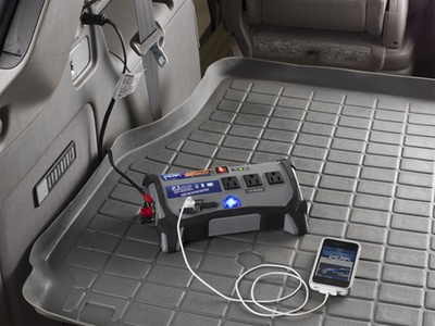 400-Watt Tailgate Mobile Power Inverter