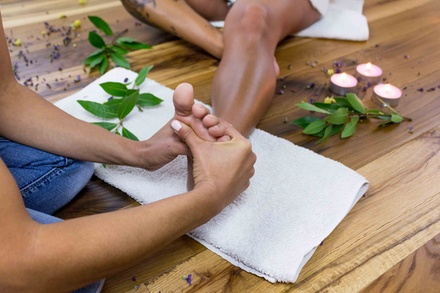 Fino al 60% di sconto su Massaggio - Riflessologia a 38€euro