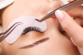 Up to 87% Off on Eyelash Extensions