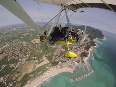 Volo su deltaplano a motore a 79,90€euro