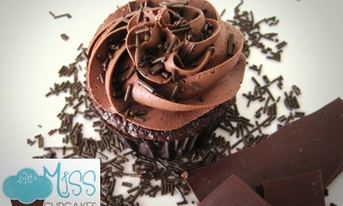 Bembos: 71% de descuento por una caja de 6 cupcakes a elección + delivery en Miss Cupcakes