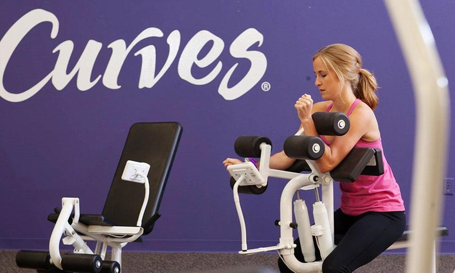 Curves: Desde $699 por2 o 4 meses de acceso libre a gimnasio + estudio fitness + inscripción en Curves