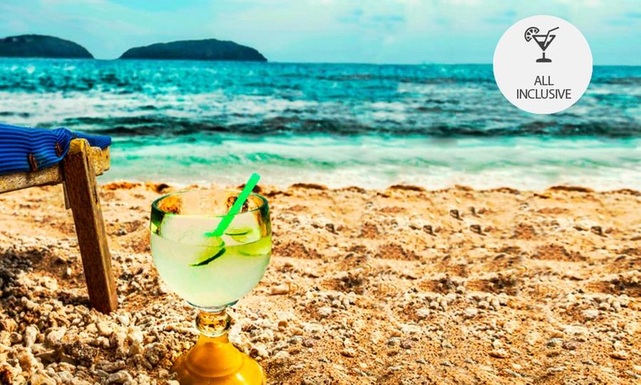 Gamma de Fiesta Inn Plaza Ixtapa: Desde $1,400 por 2, 3, 4 o 5 noches para 2 + noche gratis + Club de Playa con opción a all inclusive en Gamma de Fiesta Inn Plaza Ixtapa