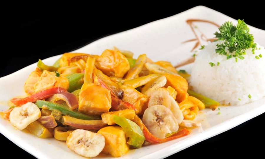 Bushido Sushi Bilbao: Almuerzo o cena thai en carta abierta para dos o cuatro: entrada + fondos + pisco sour en local o delivery
