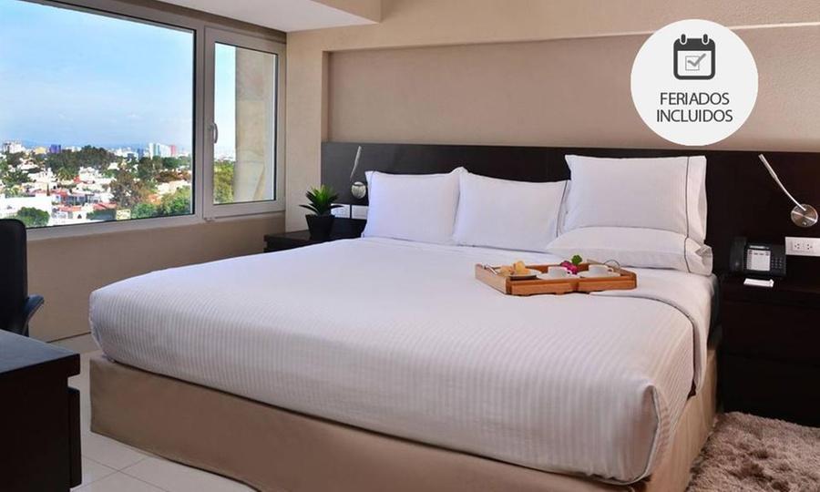 Hotel Posada Guadalajara: Desde $699 por 1, 2, 3 o 4 noches para dos en habitación estándar o suite con opción a cena romántica en Hotel Posada Guadalajara