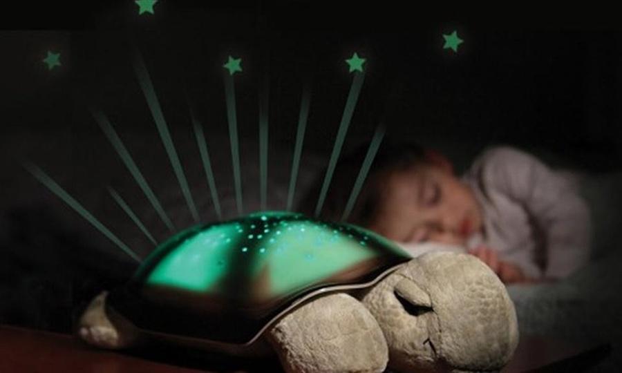 Otto Ware: Tortuga de peluche con proyector de estrellas con Otto Ware