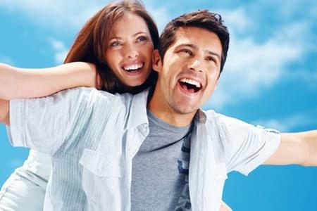 Dental Clinic: $280.000 en vez de $1.150.000 por brackets estéticos invisibles en Dental Clinic (76% off)
