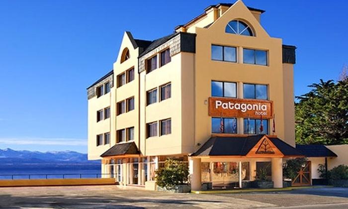 Hotel Patagonia: Paga desde $77.800 por 3, 4 o 7 noches para dos + desayuno buffet + cena de bienvenida en Hotel Patagonia, Bariloche