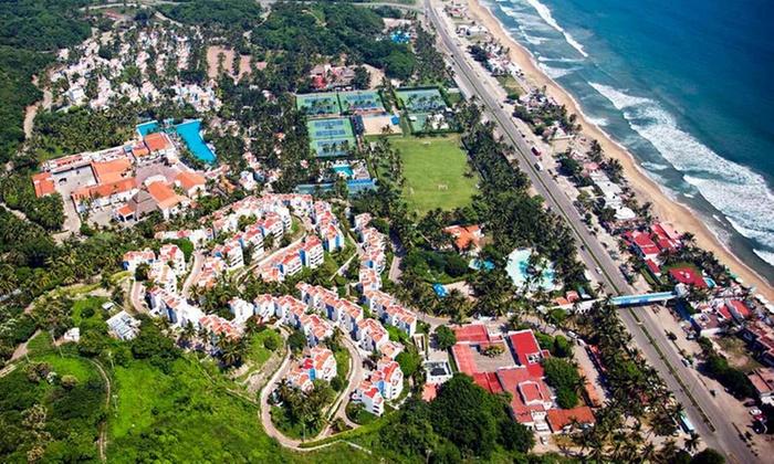 Gran Festivall All Inclusive Resort: Manzanillo: desde $1,699 por 1, 2 o 3 noches all inclusive para dos + 2 menores sin costo en Gran Festivall All Inclusive Resort