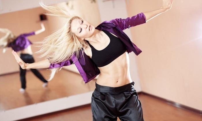 Womensfun - Womensfun: Paga desde $11.250 por 8 clases de baile a elección para uno o dos en Women's Fun