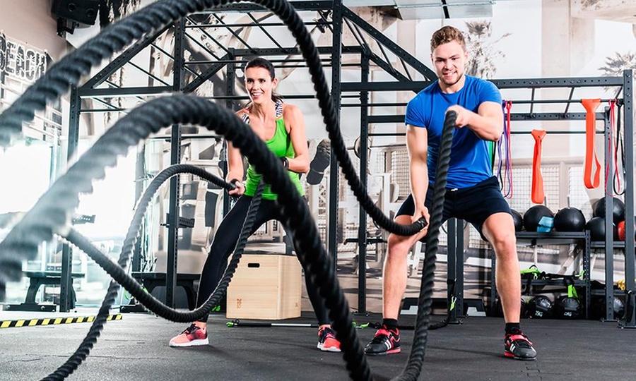 Universal CMD: Mes, trimestre o semestre de acceso a gimnasio + clases de entrenamiento series tabata y calisteniaen Universal CMD