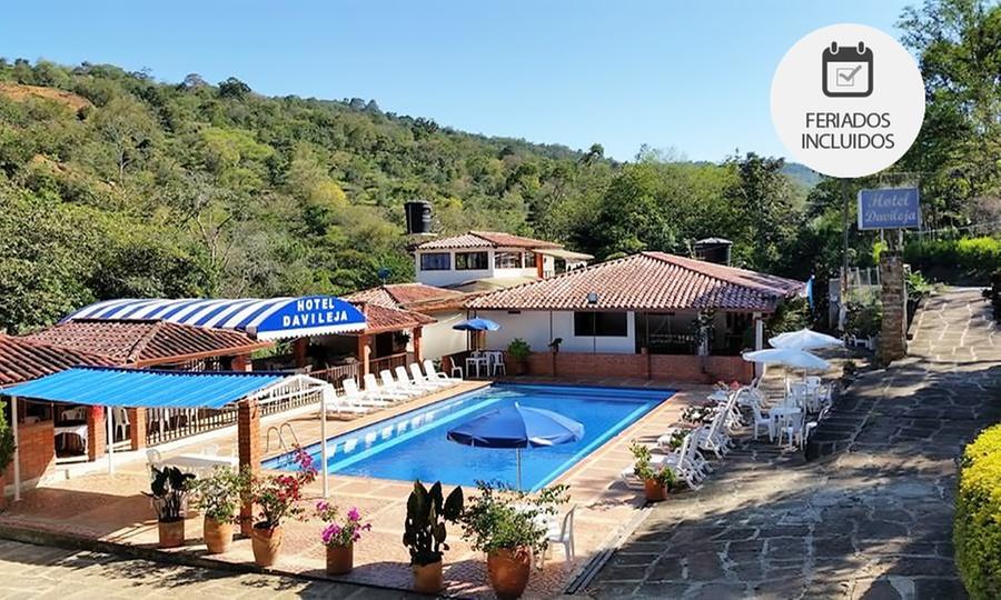 HOTEL DAVILEJA: San Gil: desde $59.900 por 1, 2, 3 o 4 noches para dos + desayuno + bebida de bienvenida en Hotel Davileja