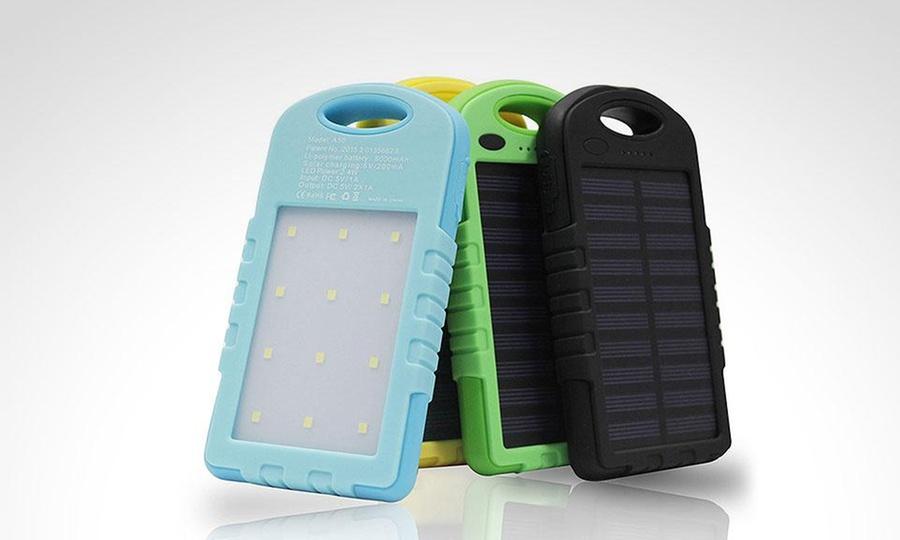 Shopping México: Solar Power Bank 5000 mAh con luz led + doble puerto USB en color a elegir. Incluye envío